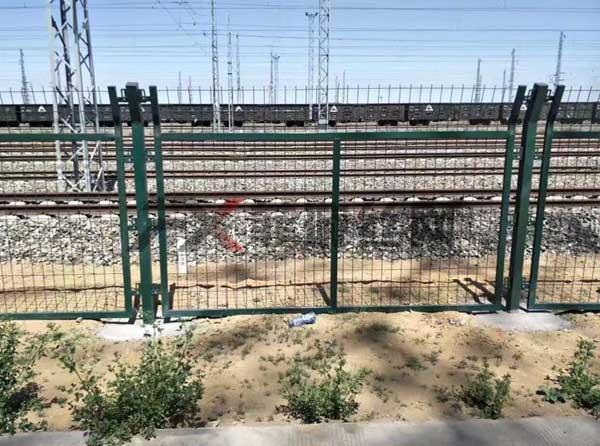金属网片防护栅栏公司