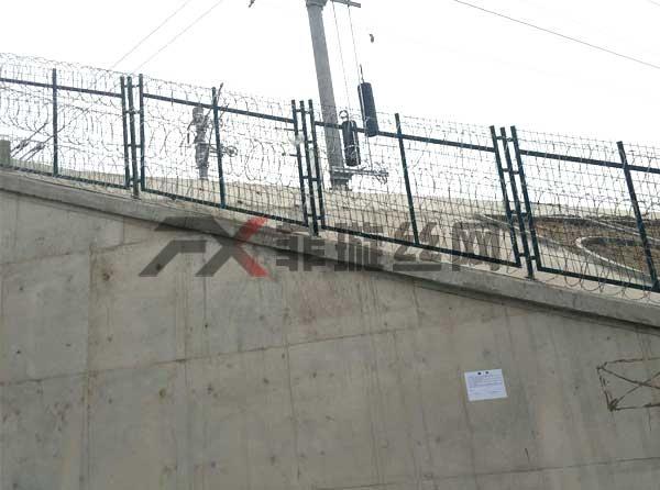 涵洞口护栏网厂